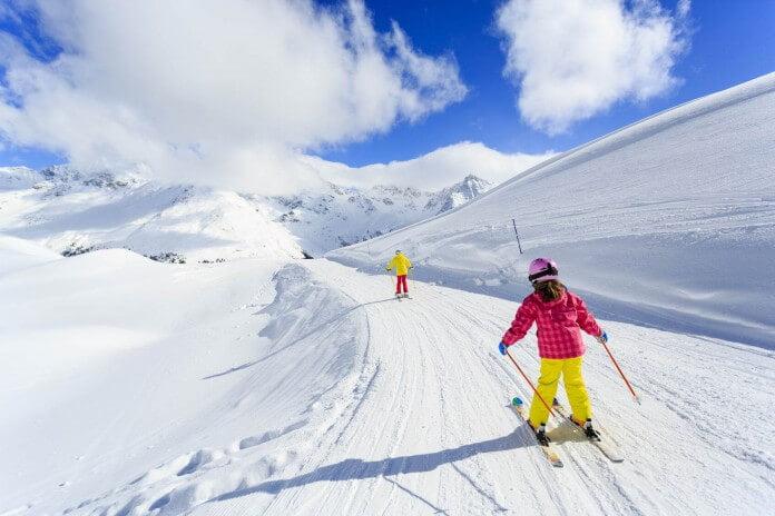 Jak robić dobre zdjęcia na śniegu, na nartach i z dużą ilością bieli w kadrze